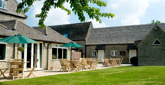 Hotel Oundle| Benefield Wheatsheaf